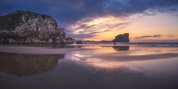 Asturien Playa Almenada Panorama von Jean Claude Castor