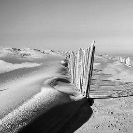 Zwart wit Duinen Maasvlakte Rotterdam van Rob Smit
