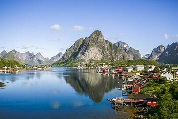 Lofoten - Noorwegen van Gerard Van Delft