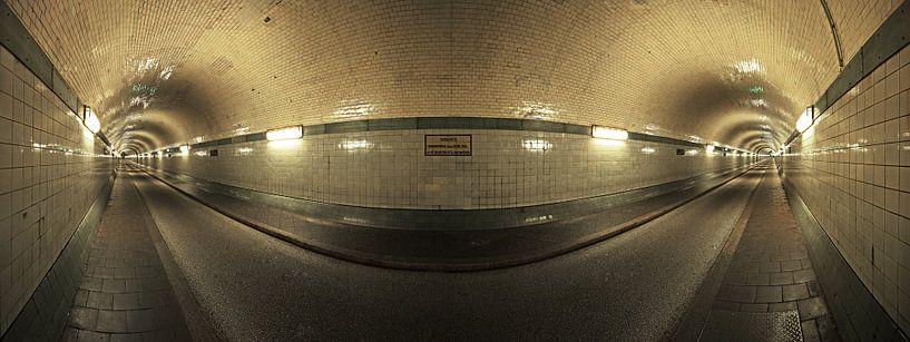 Le vieux tunnel de l'Elbe à Hambourg sur Frank Herrmann
