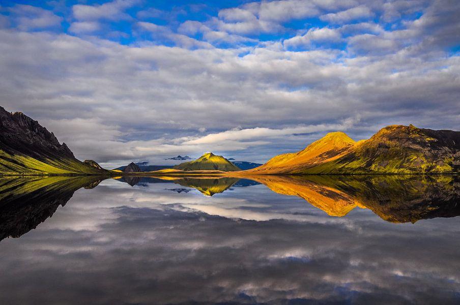 Alftavatn (Iceland) van Lukas Gawenda