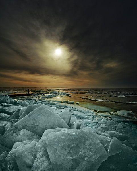 Kruiend ijs van Harrie Muis