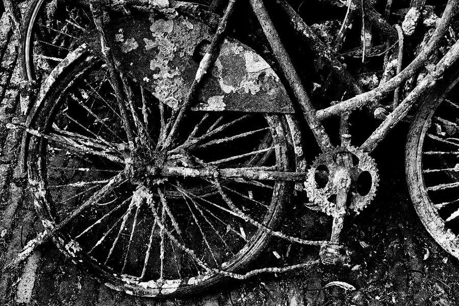 Rusty bike van Dutch StreetPhoto