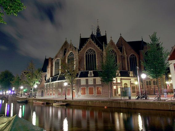 Oude Kerk bij nacht