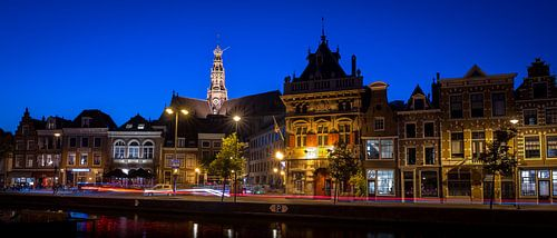 stadsgezicht Haarlem met de grote kerk van
