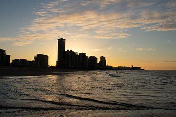 zonsopkomst op het strand van Vlissingen van Eugenlens