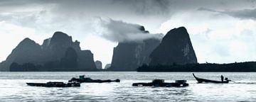 Baai van Phang Nga, Thailand van Keesnan Dogger Fotografie
