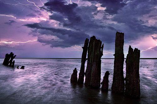 Gewitter Wattenmeer, Niederlande von Peter Bolman