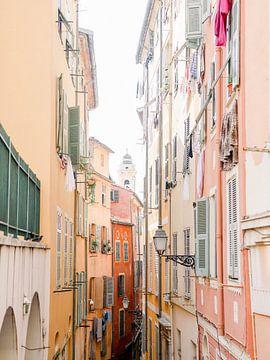 Het oude centrum van Nice, Frankrijk van Michelle Wever