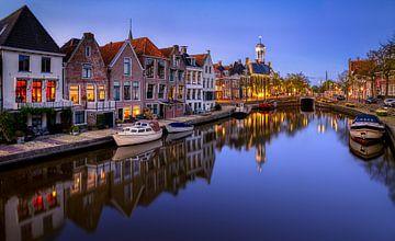 Avond in Dokkum, Friesland van Adelheid Smitt