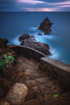 Madeira Santa Cruz kust bij zonsopgang van Jean Claude Castor