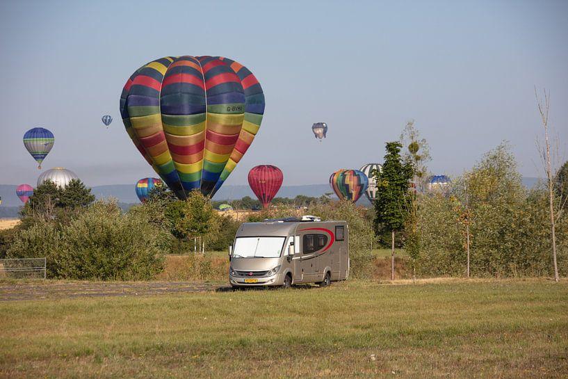 Festival de montgolfières sur Cornelius Fontaine