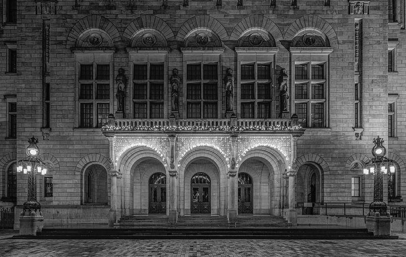 De voorgevel van het Stadshuis van Rotterdam op de Coolsingel van MS Fotografie   Marc van der Stelt