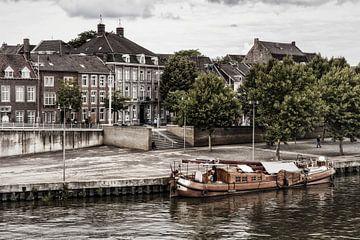 Maaskade @ Maastricht van Rob Boon