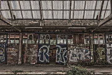 Schiebetüren mit Graffiti von Ans Bastiaanssen