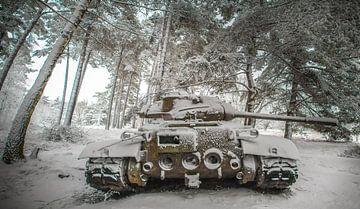 Tank in the snow #2 sur Olivier Van Cauwelaert