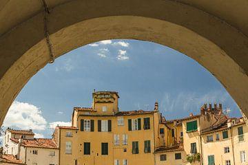 Piazza dell'Anfiteatro Italië van Dana Schoenmaker