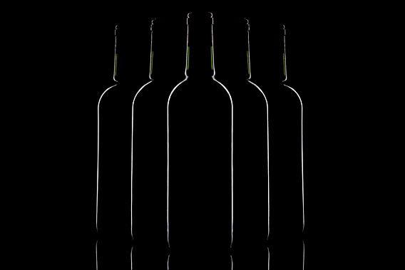 Flessen in low-key van Tanja van Beuningen