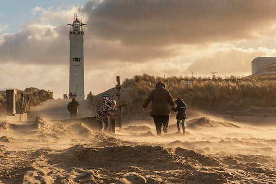 Storm in Noordwijk aan Zee van Dick van Duijn