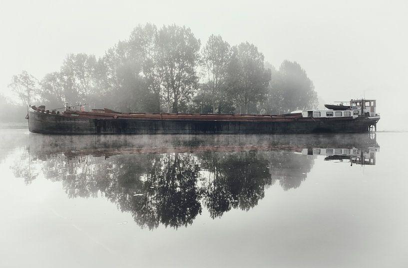 Schip op het Spaarne. van Olaf Kramer