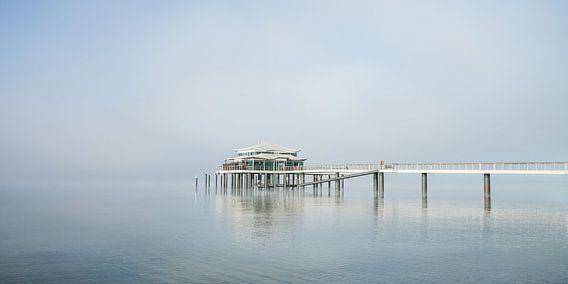 Teehaus auf dem Meer van Werner Reins