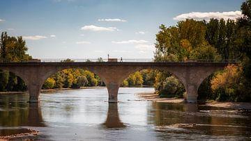 Brücke über die Dordogne von Jan van der Knaap