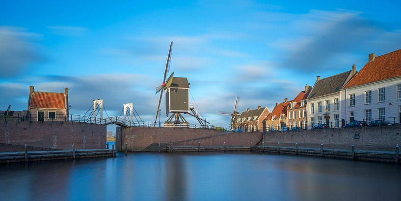 Stadshaven in Heusden van Kneeke .com
