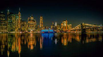 new york  @ night met brooklynbridge van Joey Van Hengel