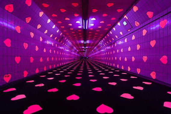 De Maastunnel in Rotterdam als Tunnel of Love van MS Fotografie