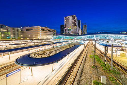 Utrecht Centraal Station van Sander Meertins
