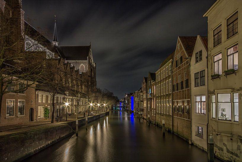 Grote Kerk en Pottenkade in Dordrecht in de avond - 3 van Tux Photography