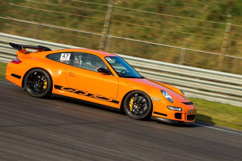 Porsche GT3 over het circuit van Menno Schaefer