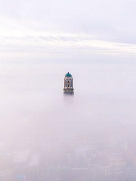 Zwolle dans le brouillard sur Thomas Bartelds
