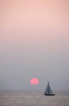 Zonsondergang Noordzee Scheveningen  van Watze D. de Haan