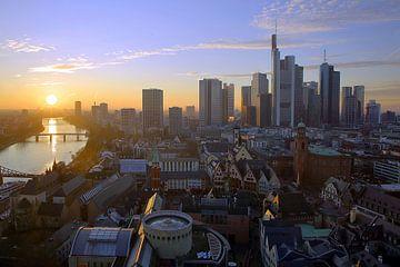 Frankfurt im Sonnenuntergang von Patrick Lohmüller