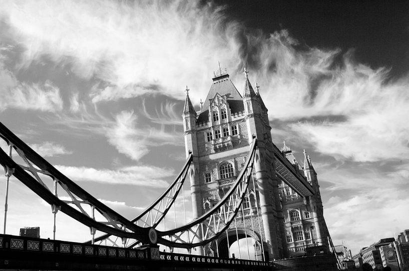 London, Tower Bridge van Mark de Weger