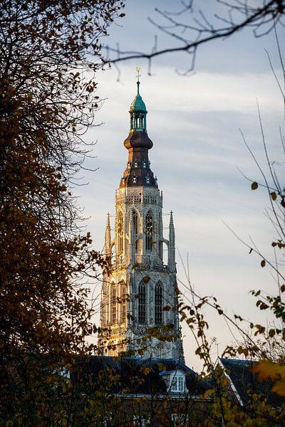 Zonsopkomst bij Grote Kerk Breda van JPWFoto
