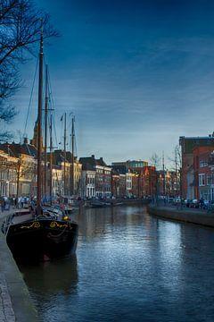 Het avondlicht streelt Groningen van Leanne lovink