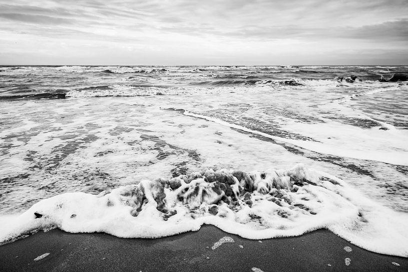Game of Sea and Beach van Roland de Zeeuw fotografie