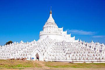 De witte pagode van Hsinbyume (Mya Thein Dan pagode ) paya tempel, Mingun, Mandalay Myanmar van Nisangha Masselink