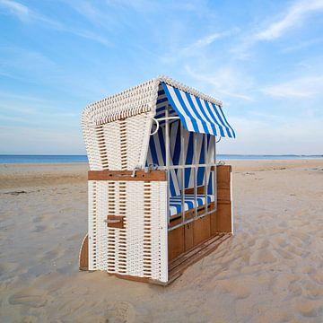 Strandkorb am Strand von Ahlbeck von Heiko Kueverling