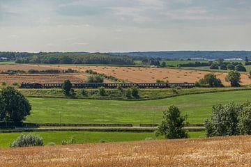 Stoomtrein door het Zuid-Limburgse heuvelland van John Kreukniet