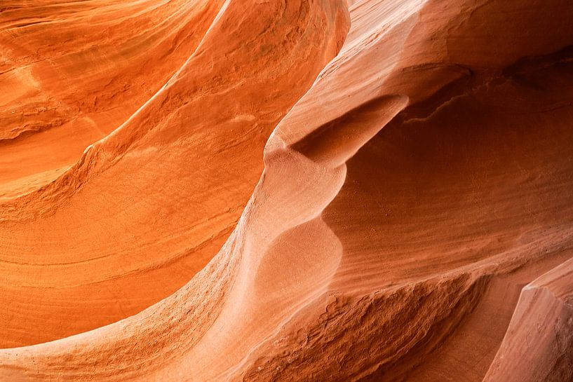 Antelope Canyon 3 van Louis ten Kate