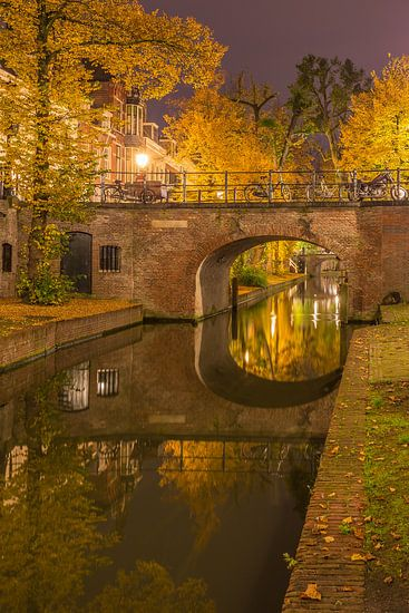 Nieuwegracht in Utrecht in de avond - 11