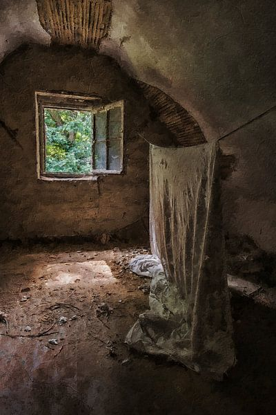 Die hängende Leinwand in einem verlassenen Haus von Digitale Schilderijen