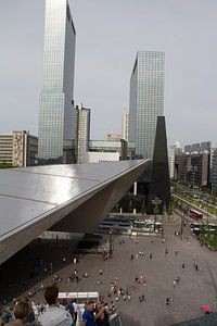 Stationsplein Rotterdam Centraal vanaf steigertrap