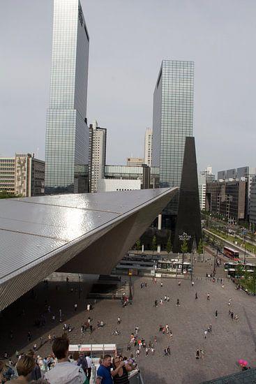 Stationsplein Rotterdam Centraal vanaf steigertrap van Henk Alblas
