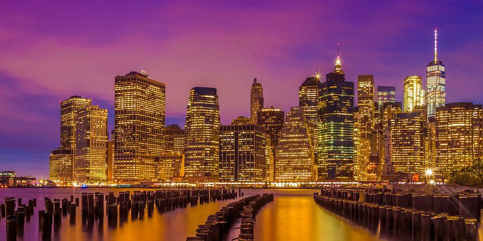 SKYLINE van MANHATTAN Stralende zonsondergang | Panorama van Melanie Viola