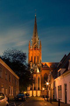Sint Nicolaas Basiliek te IJsselstein bij avond van Tony Buijse