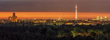 Berlijn Skyline Zonsopgang van Frank Herrmann